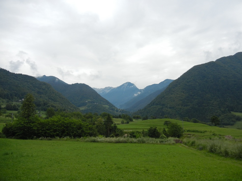Slowenien – Blick durch die Berge nahe Tolmin